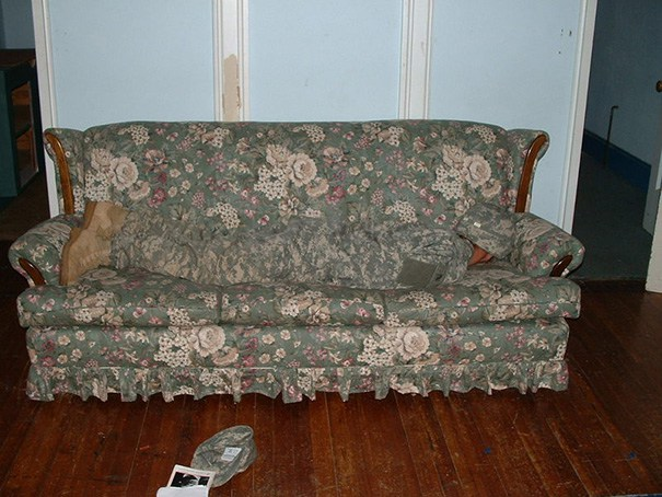 People Who Have Mastered The Art Of Urban Camouflage (19 pics)