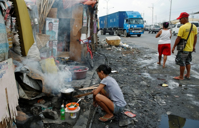A Candid Look At Everyday Life In The Philippines (21 pics)