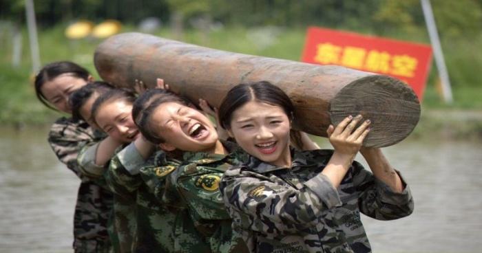 Chinese Flight Attendants Go Through Some Intense Training (9 pics)