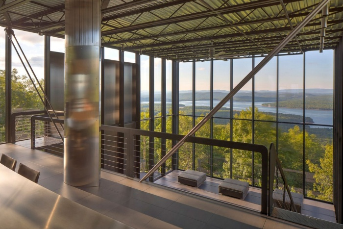 This Glass House In The Middle Of The Forest Is Absolutely Gorgeous (27 pics)