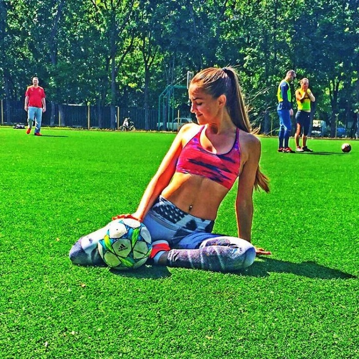 Sexy Russian Soccer Stars That Will Make You Want To Watch Every Game (22 pics)