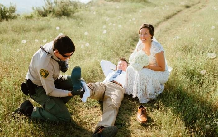 Wedding Photo Shoot Goes Wrong After A Snake Makes A Surprise Appearance (10 pics)