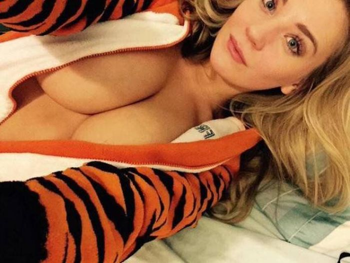 If Beautiful Busty Women Didn't Exist The World Would Be A Terrible Place (52 pics)