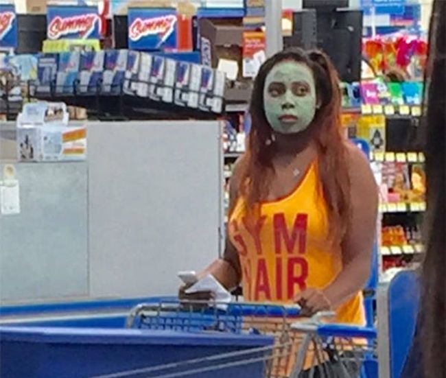 People of Walmart. Part 30 (37 pics)