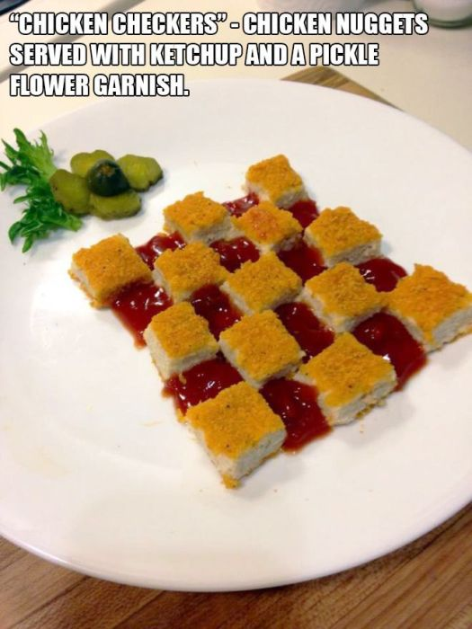 Low Budget Meals That Were Made To Look Like Gourmet Dinners (17 pics)