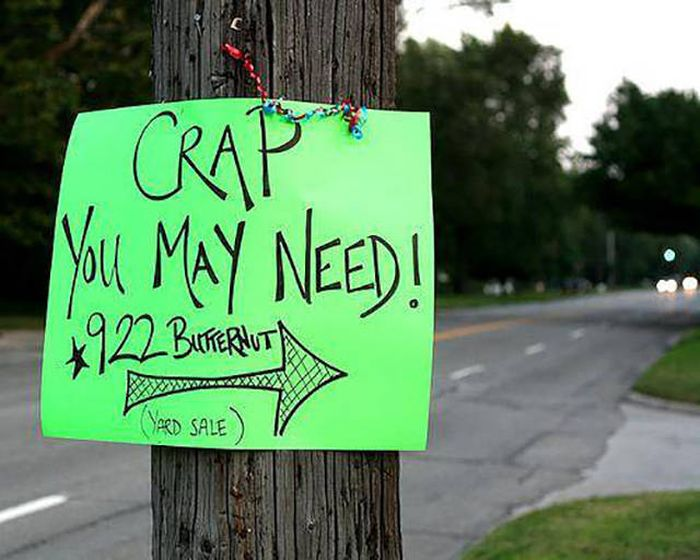 Hilarious Yard Signs That Are Impossible To Ignore (30 pics)