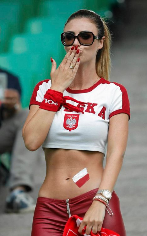 Sexy Fan From Poland (5 pics)