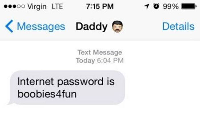 Parents Send The Most Cringeworthy And Awkward Texts (3 pics)