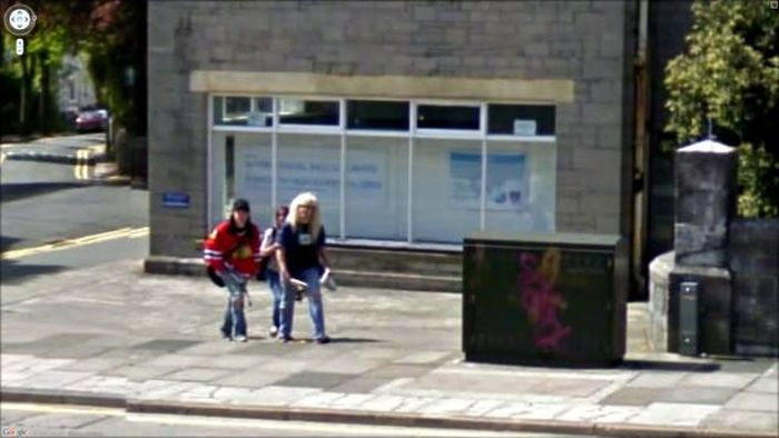 Remarkable Photos That You Can Find On Google Street View (24 pics)