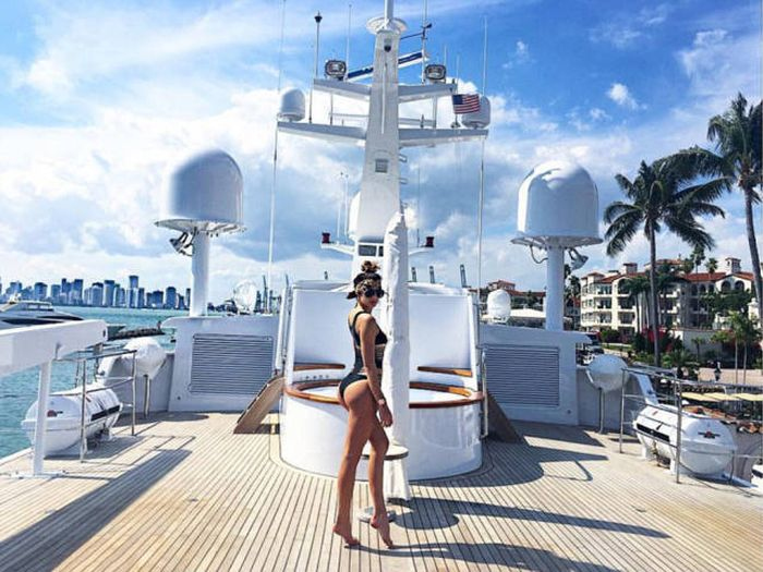 The Rich Kids Of Instagram Are Having Way Too Much Fun This Summer (18 pics)