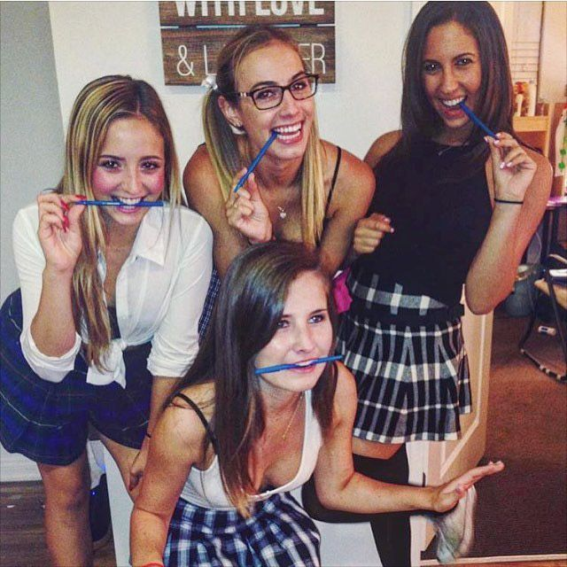 Hot College Girls That Will Make You Long For The Next Semester (24 pics)