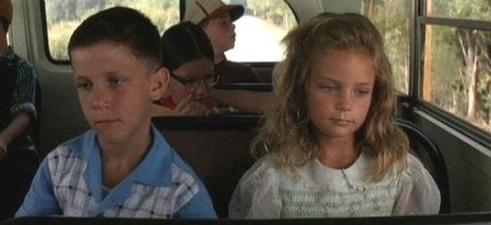 Young Forrest Gump And Jenny Back In The Day And Today (2 pics)