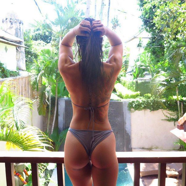 Steph Pacca Is Australia's Hottest Personal Trainer (14 pics)
