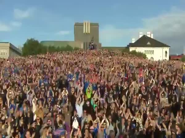 Iceland Team Clap Celebration With 10,000 Fans In Reykjavik