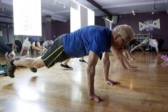 How Exercising Regularly Can Improve Your Life (21 pics)