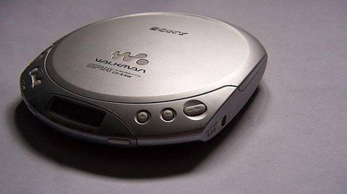 If You Grew Up In The '00s You Probably Thought All These Things Were Cool (26 pics)