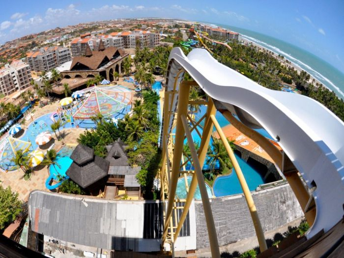 The Coolest Water Slides That This World Has To Offer (12 pics)