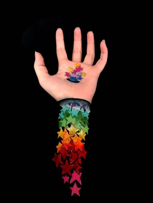 Artist Turns Their Own Arms Into Optical Illusions (22 pics)
