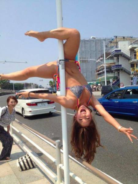 People Who Have Mastered Really Ridiculous Skills (44 pics)