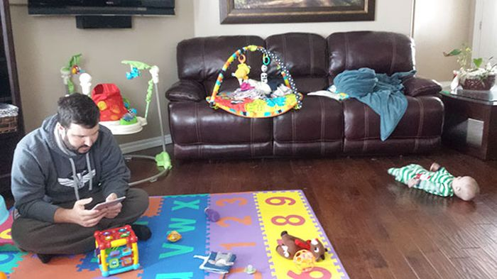 Photos That Prove Kids Shouldn't Be Left Alone With Their Dads (35 pics)