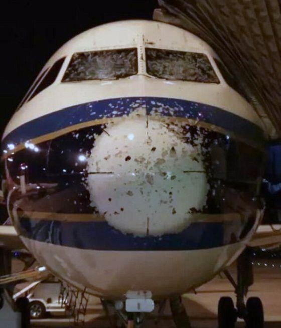 Pilots Land Plane Blind After Hail Destroys Their Windshields (5 pics)