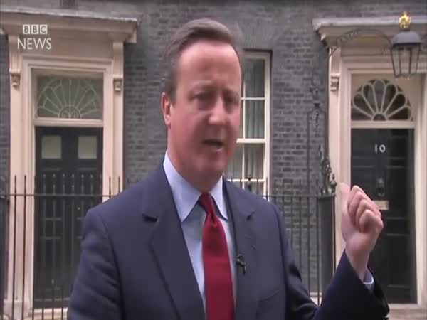 David Cameron Sings To Himself After Announcing Resignation Date