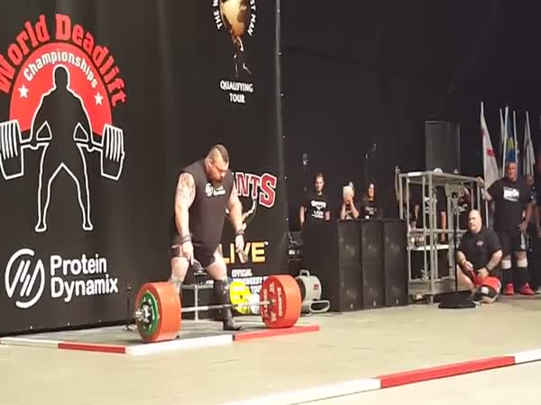New World Record Deadlift 1155 Pounds (500 kg)