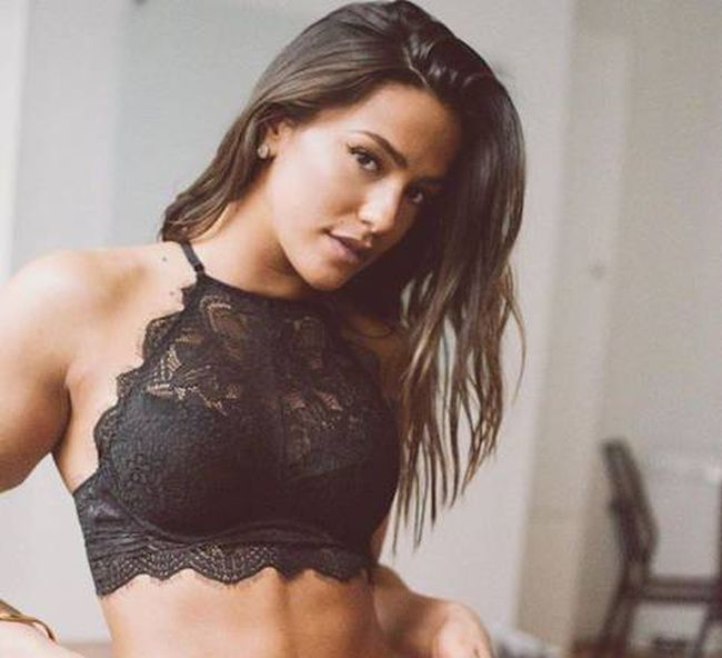 Hot Ladies in Lingerie That Will Definitely Make Your Day (53 pics)