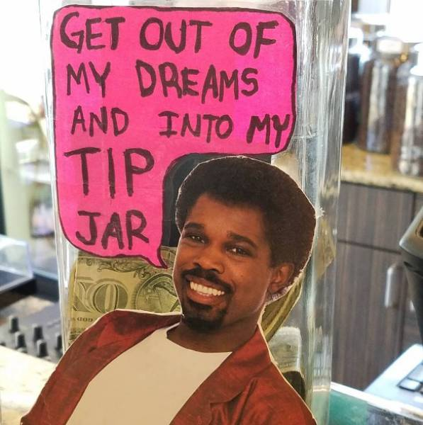 Clever Tip Jars That Helped People Cash In (31 pics)