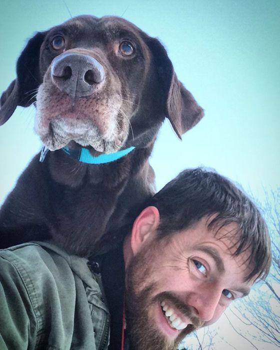 Man Takes His Dog On One Last Road Trip (12 pics)