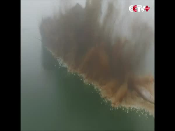 Dyke Blown Up In Central China To Disperse Floodwater