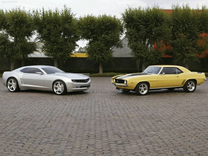 Classic Cars Compared To Their Modern Counterparts (44 pics)