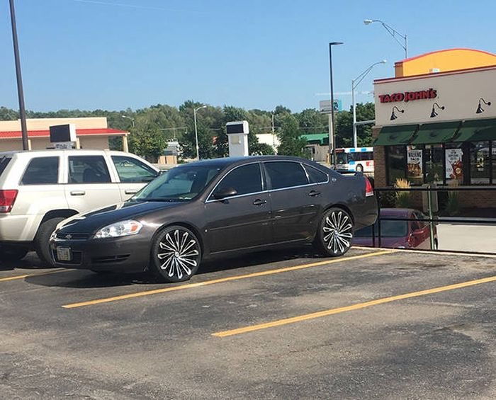 These Cars Will Leave You Very Confused (45 pics)