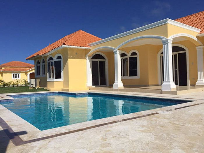 What You Could Live In For $300,000 In Different Countries Around The World (15 pics)