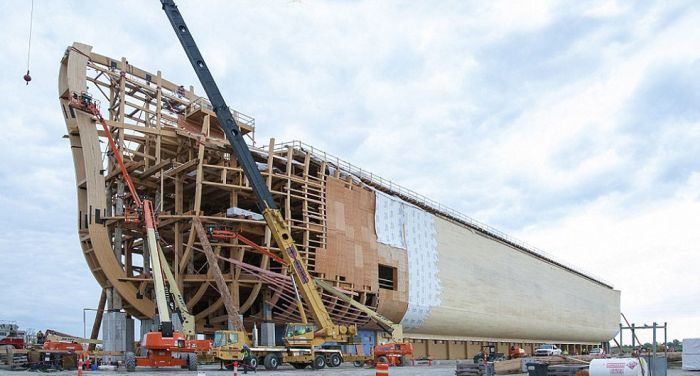 You Can See A Full Size Replica Of Noah's Ark In The US (16 pics)