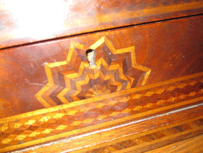 They Found A Trapdoor In Their House And Inside Was Something Incredible (25 pics)