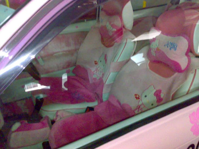 Hello Kitty Fan Spends Big Amount Of Money On Her Obsession (16 pics)