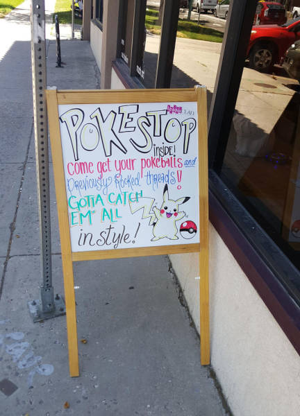 How Different Businesses Are Reacting To The Pokémon Go Craze (29 pics)