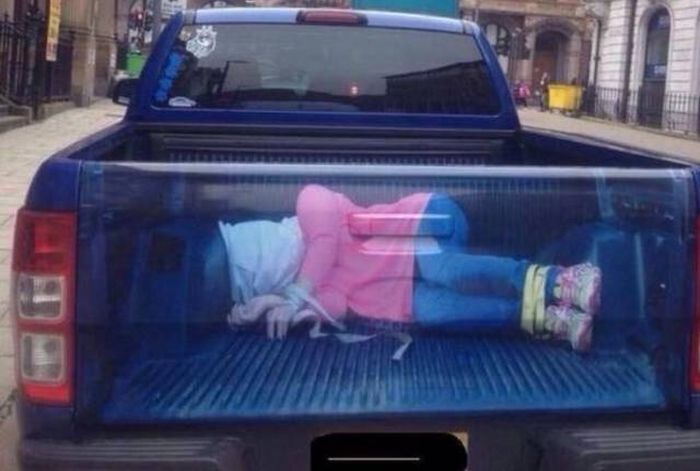 It's Not Possible To Look At These Photos Without Saying WTF? (43 pics)