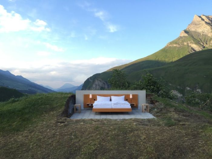 Switzerland's New Concept Hotel Offers A Great Mountain View (3 pics)