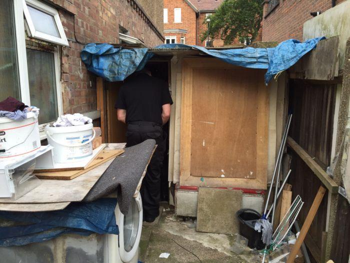 Slum Landlords Stuff 31 Migrants Into A 4 Bedroom House (7 pics)