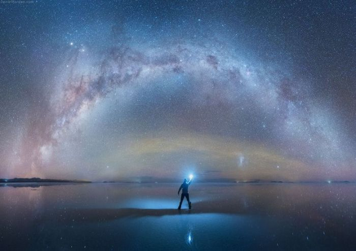 These Stunning Photos Of The Milky Way Will Blow You Away (4 pics)