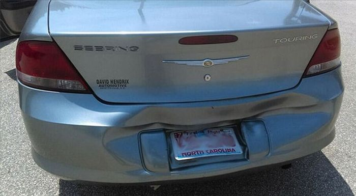 Natural Heat Repairs Car's Bumper (2 pics)