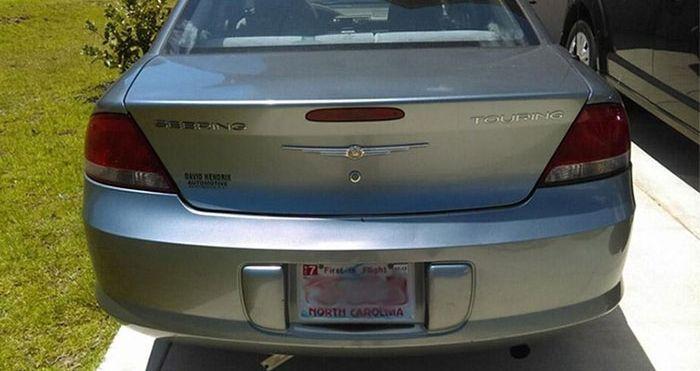 Natural Heat Repairs Car's Bumper (2 pics)