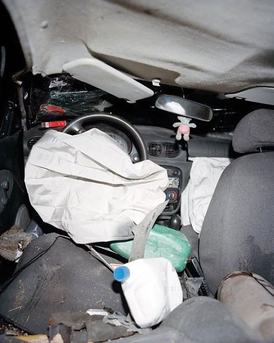 What The Inside Of A Car Looks Like After An Accident (13 pics)