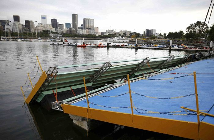 Olympic Sailing Ramp Collapses In Rio (4 pics)