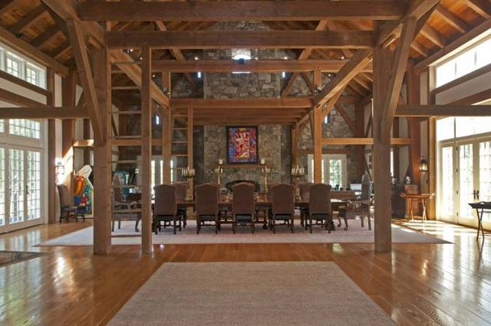 For Only $26 Million You Can Own This Gorgeous New Hampshire Property (19 pics)