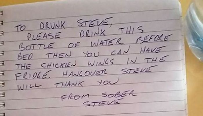 Guy Receives Unexpected Answer After Leaving A Note For His Drunken Self (2 pics)