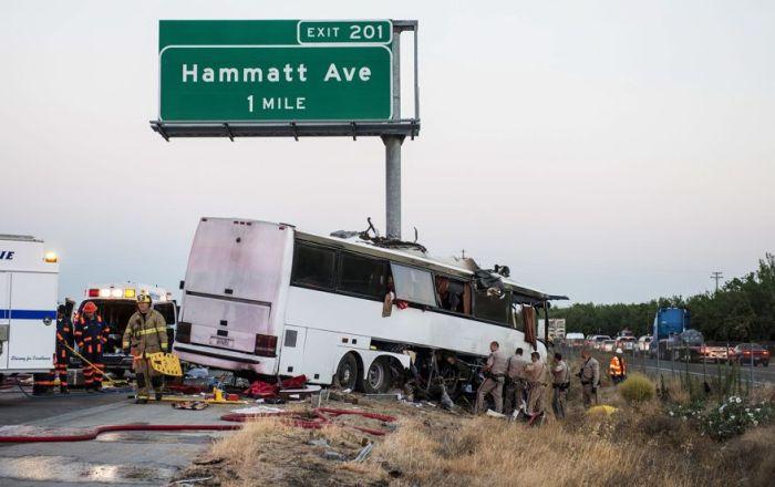 Bus Rips Through Highway Pole In California Crash (4 pics)
