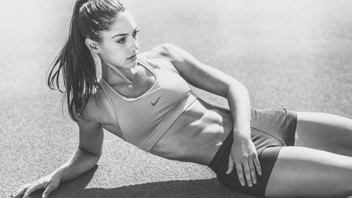 Allison Stokke Is The Hottest Athlete In Track And Field (32 pics)